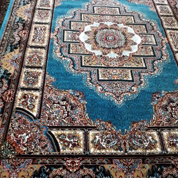 فرش ۱۲ متری ۷۰۰ شانه فرش و گلیم شاهرود دیوار