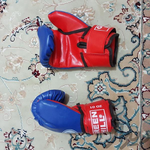دست کش بوکس|تجهیزات ورزشی|بروجرد|دیوار