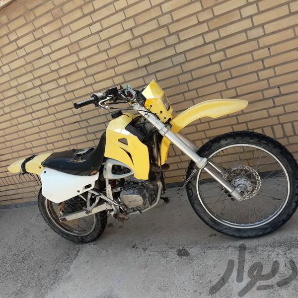 موتور تریل 200 موتورسیکلت و لوازم جانبی شوشتر دیوار