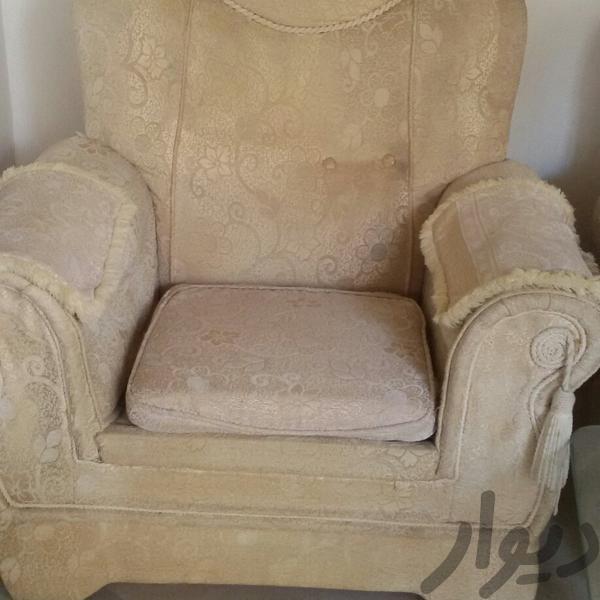 مبل هفت نفره باسه عدد عسلی بازدید بهار|مبلمان و صندلی راحتی|همدان|دیوار