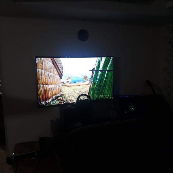 تلوزیون منحنی ۶۵ اینچ 4k راک انگلستان|تلویزیون و پروژکتور|اصفهان، بهارستان|دیوار