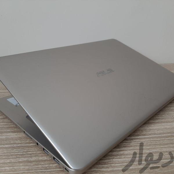 لپ تاپ ایسوس N580 نسل هشت نمایشگاهی رایانه همراه تهران، میدان ولیعصر دیوار