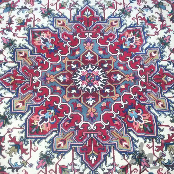 یک جفت فرش دستباف با تراکم بالا  در ابعاد2*3|فرش و گلیم|تبریز|دیوار